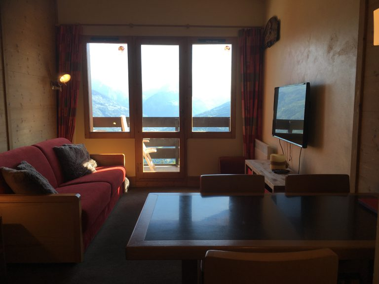 Apartment La Chantelouve – 4 Person